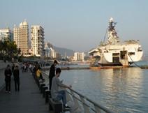 深圳滨海栈道、中英街、西部华侨城观光一天