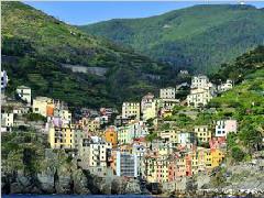 这座小镇颠覆对欧洲的想象-让你回味无穷_旅游指南