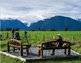 中央电视塔新西兰生蚝美食节:晚餐时间现场活撬生蚝_旅游