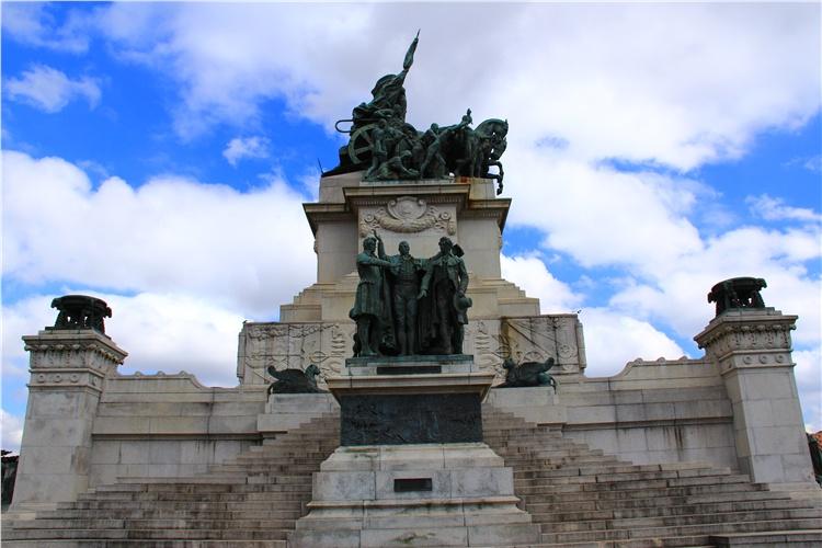 护宪革命纪念碑