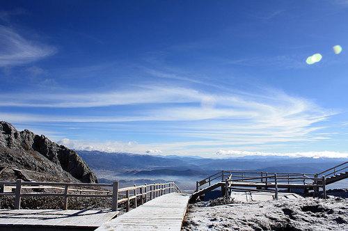 石卡雪山风景区