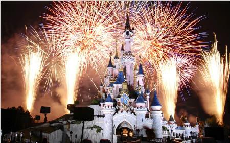 【超值品质】香港观光+迪士尼乐园+自由行三日游(感恩大促 限时抢购)
